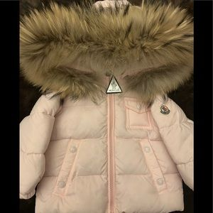 Moncler | NEW! Girls Puffer Jacket Size 9-12M